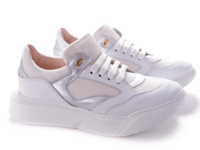 Andrea Morelli lage sneaker wit chunky